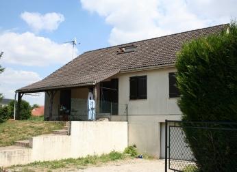 Maison type 7 à SENS