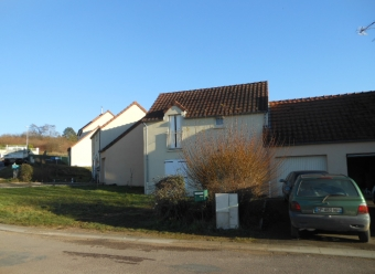 MAILLY LA VILLE - maison type 4