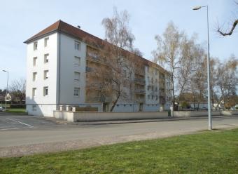 Avallon - type 4 avec balcon