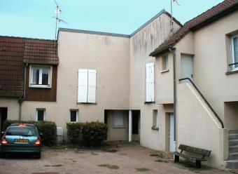 Appartement T1 bis à JOUX LA VILLE