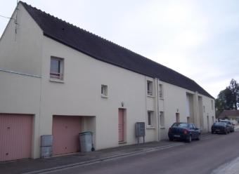 Maison T4 avec garage et jardin à Pontigny