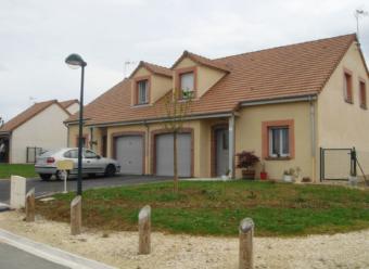 Pavillon T4 avec garage et jardin à Bléneau