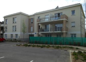 Avallon centre ville - appartement T3 avec balcon
